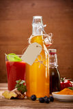Botella de aceite y de otros ingredientes Fotografía de archivo libre de regalías