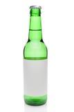 Botella de cerveza con la etiqueta en blanco Imágenes de archivo libres de regalías