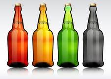 Botella de cerveza de cristal Fotos de archivo libres de regalías