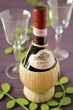 Botella de Chianti de Certaldo Imágenes de archivo libres de regalías