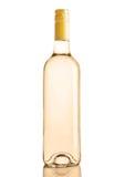 Botella de color de oro del vino blanco en blanco imagen de archivo