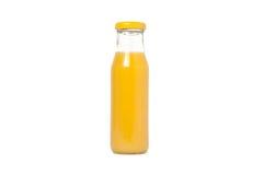 Botella de cristal de zumo de naranja Aislado en blanco Imagenes de archivo