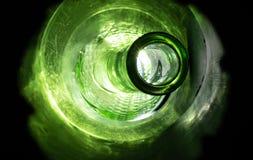 Botella de cristal vibrante surrealista fotos de archivo