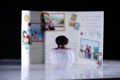 Botella de la fragancia foto de archivo libre de regalías
