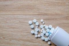 Botella de medicina foto de archivo libre de regalías