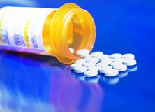 Botella de píldoras Fotos de archivo