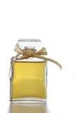 Botella de perfume del vidrio cristalino Fotos de archivo libres de regalías