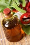 Botella de petróleo de mostaza Imágenes de archivo libres de regalías