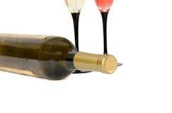 Botella de vino blanco aislada Foto de archivo
