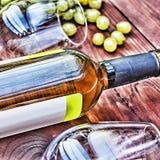 Botella de vino blanco thanksgiving Foto de archivo