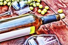 Botella de vino blanco thanksgiving Fotos de archivo