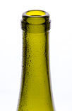 Botella de vino con descenso del agua Imagen de archivo