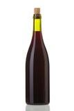 Botella de vino rojo con un corcho Foto de archivo libre de regalías