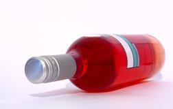 Botella de vino rosado Fotos de archivo libres de regalías