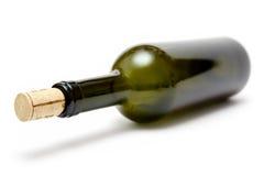 Botella de vino verdosa fotografía de archivo libre de regalías