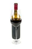Botella de vino y de un vidrio Fotos de archivo libres de regalías