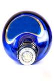 Botella de whisky azul Fotos de archivo