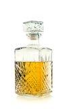 Botella de whisky/escocés antiguos en blanco Imágenes de archivo libres de regalías