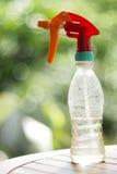 Botella del aerosol de agua Fotos de archivo libres de regalías