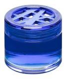 Botella del ambientador de aire en el empaquetado original aislada en el fondo blanco, primer Foto de archivo libre de regalías