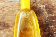 Botella del champú del bebé fotos de archivo libres de regalías