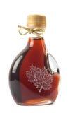 Botella del jarabe de arce imágenes de archivo libres de regalías
