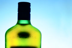 Botella del licor Foto de archivo libre de regalías