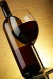 Botella del vidrio y de vino Fotografía de archivo