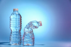 Botella dos de agua Fotos de archivo