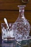 Botella e hielo Imágenes de archivo libres de regalías