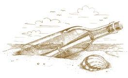 Botella marina con un mensaje en la arena dibujada a mano Foto de archivo libre de regalías