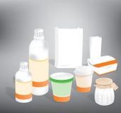 Botella plástica y empaquetado de papel Stock de ilustración