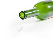 Botella vacía de vino y de gota Foto de archivo