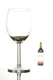 Botella vacía del vidrio y de vino Foto de archivo libre de regalías