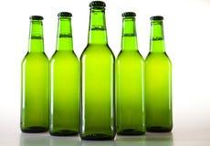 Botella verde de cerveza fotos de archivo libres de regalías