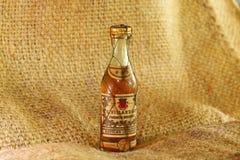 Botella vieja del licor Foto de archivo