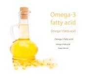 Botella y cápsulas gelatinosas con el omega3 Imagenes de archivo