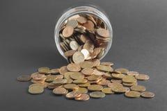 Botella y dinero Foto de archivo libre de regalías