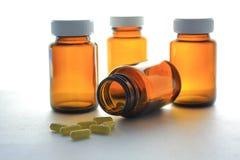 Botella y una droga 2 Fotografía de archivo