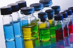 Botellas científicas de la muestra Foto de archivo