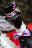 Botellas con el vino en la tabla de la boda Fotografía de archivo
