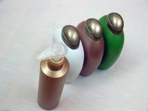 Botellas cosméticas Imágenes de archivo libres de regalías
