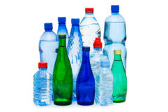 Botellas de agua aisladas Fotos de archivo