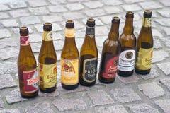 Botellas de cerveza belgas en Brujas Imagenes de archivo