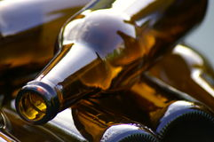 Botellas de cerveza vacías fotografía de archivo libre de regalías