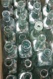 Botellas de cristal verdes Imagenes de archivo