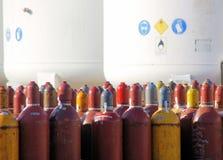 Botellas de gas para el intercambio imágenes de archivo libres de regalías