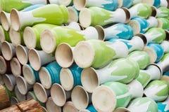 Botellas de la cerámica en el pueblo de cerámica antiguo de Trang del palo El pueblo de Trang del palo es el pueblo más viejo y m Fotografía de archivo