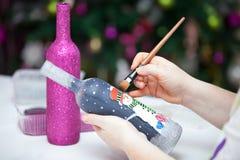 Botellas de la decoración de la Navidad imagen de archivo