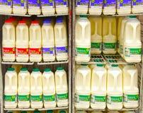 Botellas de leche Foto de archivo libre de regalías
